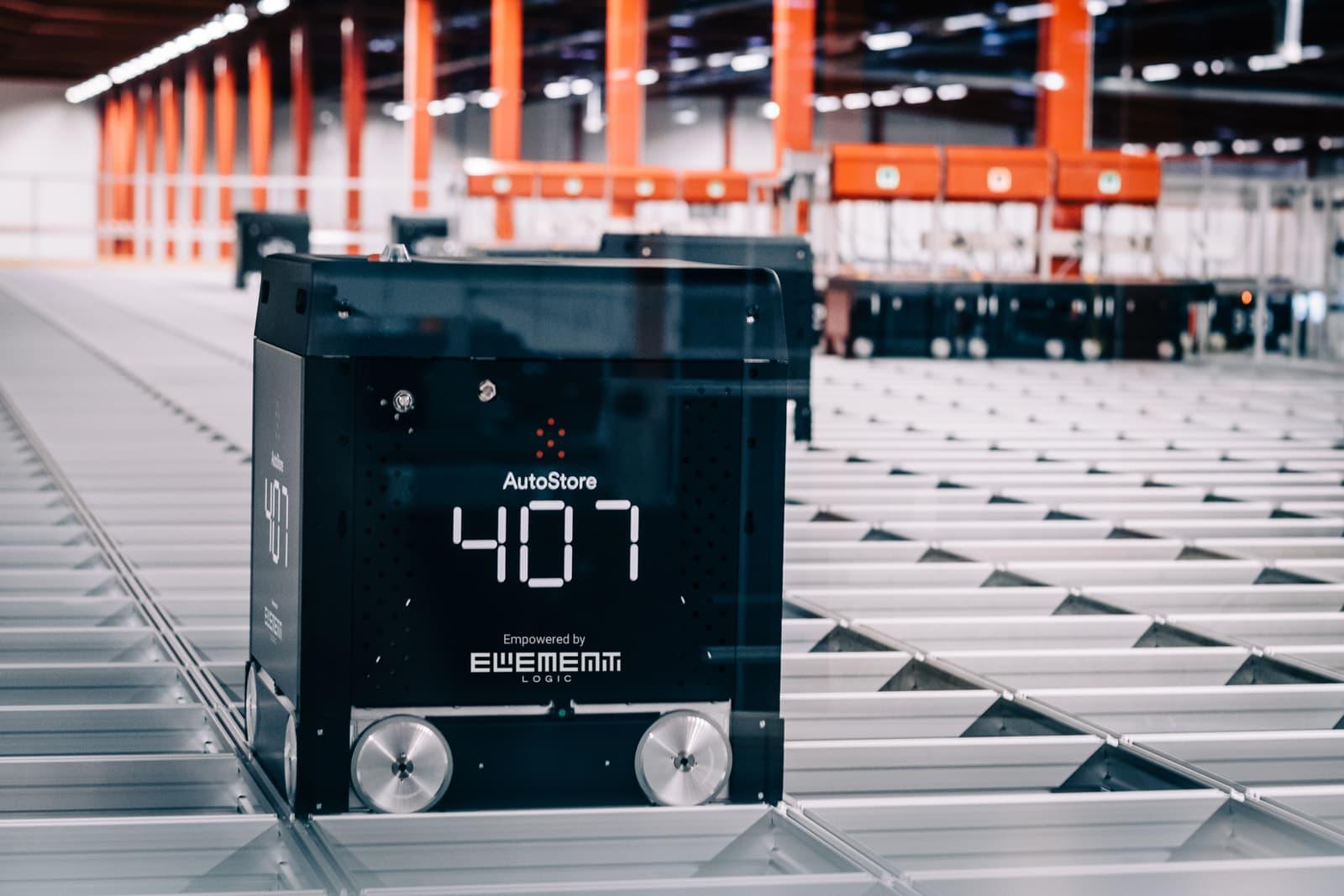 Roboten AutoStore Black line B1 jobber på lager